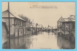 J.P.S. 12 - C.P. 34 - Inondations De 1910 - 3 - Rue De La Vacherie - Etablissement Des Lilas - Troyes
