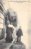 75 - PARIS 7 ° - INONDATIONS De PARIS ( Janvier 1910 ) Rue Saint Dominique ( Gendarme En 1er Plan ) CPA - Seine - De Overstroming Van 1910