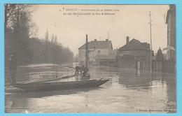 J.P.S. 12 - C.P. 66 - Inondations Du 21 Janvier 1910 - N° 3 - La Rue Des Charmilles En Face Le Déversoire - Troyes