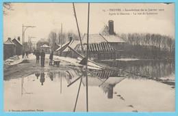J.P.S. 12 - C.P. 75 - Inondations Du 21 Janvier 1910 - N° 15 - Après Le Désastre - La Rue Du Labourat - Troyes