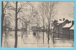 J.P.S. 12 - C.P. 77 - Inondations Du 21 Janvier 1910 - Vue Prise Du Cours St.-Jacques - Troyes