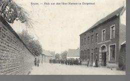 30 09/  17//    EELEN  1912  HUIS MR MARTENS EN DORPSTRAAT      VEEL VOLK!!! - België