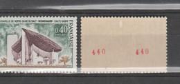 FRANCE / 1965 / Y&T N° 1435b ** : Chapelle De Ronchamp (de Roulette Avec N°) X 1 (léger Défaut De Gomme) - Neufs
