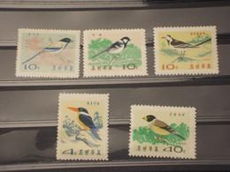COREA NORD - 1965 UCCELLI 5 VALORI   - NUOVI(++) - Korea (Nord-)
