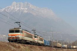 Saint Jean De La Porte (73 – France)  17 Février 2008 - Une UM De BB 7200 En Tête D'une Rame Fret – BB 7373 En Tête - Trains