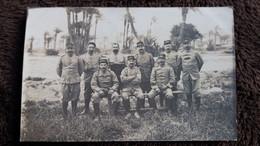 CPA PHOTO GROUPE D HOMMES SOLDATS MILITAIRES GUERRE 1914 1915 MARRAKECH - War 1914-18