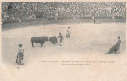 N°5840 R -cpa Bayonne 1899 -Reverte Passant De Muleta Son Dernier Taureau - Corrida