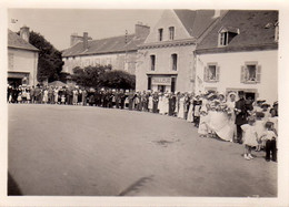 S40-028 Elliant - Photo De Mariage Sur La Grande Place - Photographe F. Pétillon à Rosporden - Otros