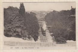 20A1430 PARIS LES BUTTES CHAUMONT TRAIN - Plazas