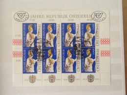 Mi.2113 ° Kb 75 Jahre Republik Österreich. - Blocks & Sheetlets & Panes