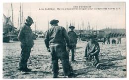 Cancale - Marins Préparant Les Dragues Pour La Pêche Des Huîtres - édit. G.F. Guérin 4134 + Verso - Cancale