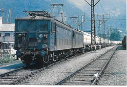 PIERREFITE NESTALAS - BB4239 ET BB4224 EN UM  - Carte Neuve  état Irréprochable - Trains