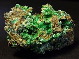 Annabergite On Matrix ( 3.5 X 2.5 X 1.5 Cm) - KM 3 - Lavrion - Greece - Mineralen