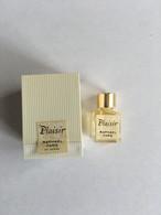 RAPHAEL PLAISIR - Modern Miniatures (from 1961)