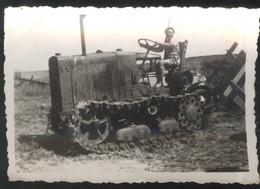 Photo Originale AFN - Tracteur à Chenilles - Circa 1950 - Format 6 X 8,5 Cm - Luoghi