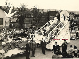 Chagny Dept 71 - Mi-carême 1952-char Des Reines    - Photo Miguet - 12 X 9 - Lugares