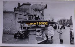 Chagny- Dept 71 - Mi-carême -  Char Grand Voyage -oldtimer ( Photo Miguet) 15 X 9 - Lugares