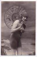 7944 - Carte Photographique  Sans Titre - Baigneuse Au Sein Nu -  éd. Super , N°766 - - Pin-Ups