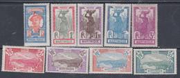 Martinique N° 120 / 28 X : La Série Des 9 Valeurs Trace De  Charnière Sinon TB - Unused Stamps