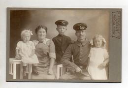 Y14062/ Kabinettfoto Familienfoto Vater + Sohn In Uniform  Jos. Minet, Elmshorn  - Sin Clasificación