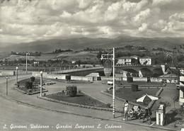"""9403""""S. GIOVANNI VALDARNO-GIARDINI LUNGARNO L. CADORNA""""ANIMATA-DISTRIBUTORE AQUILA-FOTO ORIGINALE-CARTOLINA SPEDITA 1958 - Arezzo"""