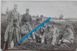1915 Louviers 24 Eme Régiment D'infanterie Terrain D'entrainement Capote Poiret Poilu Tranchée Ww1 14-18 Carte Photo - War, Military