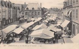 ABBEVILLE - Le Marché Sur Le Guindal - Abbeville