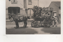 CARTE PHOTO JOEUF  SOUVENIR DE CAVALCADE CHAR FLEURI - Frankreich