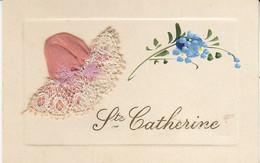 Sainte-Catherine ,belle Petite Carte Avec Bonnet Et Illustration En Relief - St. Catherine