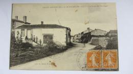 CPA Ancienne , SAINT-DE-LA-MARCHE . - Cholet