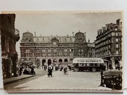 75 - CARTE PHOTO  - GARE SAINT LAZARE - ANIMÉE - CAR BUS - PUBLICITÉ OLYMPIC - COMMERCES - AUTOMOBILES - Ed. P.1 - Pariser Métro, Bahnhöfe