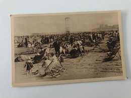 Carte Postale Ancienne (1938) BLANKENBERGHE La Plage - Het Strand - Blankenberge