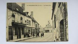 CPA Ancienne , LA BAZOCHE-GOUET . - Nogent Le Rotrou