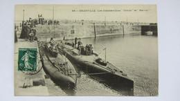 CPA Ancienne , GRANVILLE , Les Submersibles TRITON Et NERVAL . - Avranches