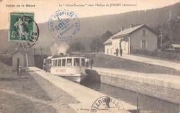 """JOIGNY Sur MEUSE -  Le """" Givet Tourisme """" Dans L'écluse De Joigny ( Voir Etat ) - Other Municipalities"""
