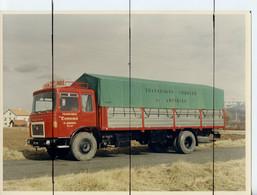 PHOTOGRAPHIE COULEUR VINTAGE.  CAMION SAVIEM ROUGE.  Transports FRIGORIFIQUES CORDIER . 01 AMBERIEU - Auto's