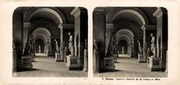 4 Paris, Louvre, Galerie De La Venus De Milo.  ESTEREOSCOPICA. STÉRÉOSCOPIQUE. STEREOSCOPIC - Stereoscopic