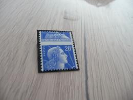 TP France Variété Piquage à Cheval  1011 B Charnière - Curiosities: 1950-59 Mint/hinged