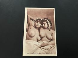 6390 - SCENES & TYPES Femmes Arabes (Seins Nus) - Algeria