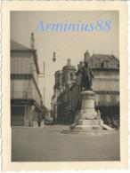 France, 1940 - Langres, Haute-Marne - Place Diderot - Luftwaffe - Aufklärungsgruppe 21 - Wehrmacht - Westfeldzug - Guerre, Militaire