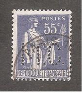 Perforé/perfin/lochung France No 363 M.C. Markt Et Cie Puis Kelvinator - Perforés