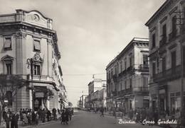 BRINDISI-PORTO-CORSO GARIBALDI-ANIMATISSIMA-CARTOLINA VERA FOTOGRAFIA- VIAGGIATA IL 19-7-1958 - Brindisi