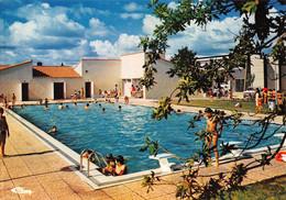 AIZENAY - La Piscine - Architecte M. Naulleau, La Roche-sur-Yon - Aizenay