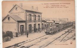 50 Barfleur. La Gare Et Départ Du Train Pour Valognes - Barfleur