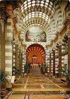 63 - Le Mont Dore - Intérieur De L'Etablissement Thermal - Le Grand Hall D'accès à La Source César - CPM - Voir Scans Re - Le Mont Dore