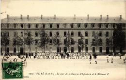 CPA Vitre La Cour De La Caserne D'Infanterie FRANCE (1015864) - Vitre