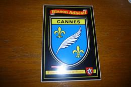 BELLE CARTE ..BLASON ADHESIF.....AUTOCOLLANT.....CANNES - Cannes