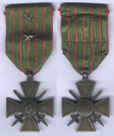 Médaille Croix De Guerre 1914 - 1915 Avec 2 étoiles - France