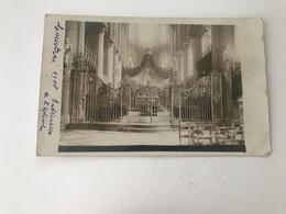 Kortrijk  FOTOKAART  Binnenzicht Kerk Tijdens De Eerste Wereldoorlog - Kortrijk