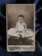 Photo CDV Grampa Ainé à Lyon - Bébé, Petit Garçon, Vers 1895 L503G - Fotos